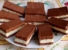 Érdekel a receptje? Kattints a képre! Sweet Desserts, Sweet Recipes, Sugar Free Sweets, Food Journal, Something Sweet, Fudge, Food To Make, Cooking Recipes, Drink Recipes
