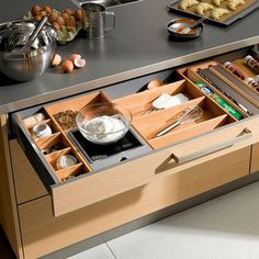 DRAWERS: Utensils and built in scales