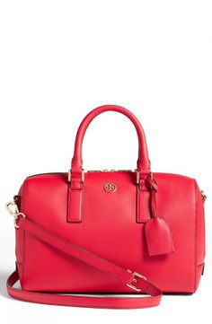 Elegant and sophisticated pink satchel by Tory Burch
