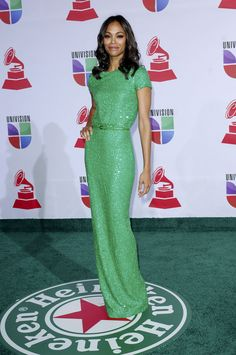 Zoe Saldana green ellie saab dress latin grammy awards Foto | Posh24.de