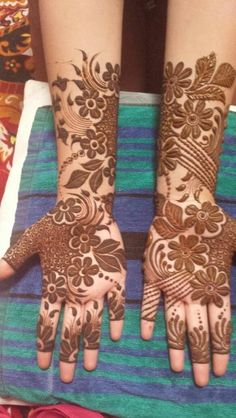Mehandi Modern Henna, Modern Mehndi Designs, Bridal Henna Designs, Mehndi Design Pictures, Beautiful Mehndi Design, Mehndi Images, Mehendhi Designs, Henna Tattoo Designs, Henna Patterns