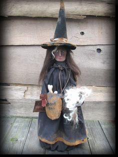 Witch primitive fok art doll  (sold) https://www.facebook.com/HootnhollarprimsByJoannPalmer