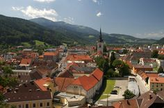 Bruck an der Mur vom Schloßberg aus gesehen Austria, Mansions, Live, House Styles, Places, Travel, Nice Asses, Pictures, Manor Houses