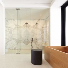These 6 bathroom upgrades will help you recoup your cost when its time to put your home on the market, check them out! [Bathroom Improvements, Bathroom Updates On A Budget, Home Improvements That Add Value] Bathroom Showrooms, Bathroom Renovations, Bathroom Updates, Double Shower, Walk In Shower Designs, Simple Bathroom, Shower Floor, Traditional Bathroom, Beautiful Bathrooms