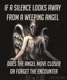 move closer because the angel is still looking at the Silence so it knows it's there. The Angel doesn't forget because the Silence looks away, it would forget if it looked away
