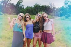 Best Friends Session   Senior Pictures Girl   Sunglasses   Girlfriends Poses   pittsburgh, pittsburgh photographer, pittsburgh senior photographer, pittsburgh senior pictures, pittsburgh senior portraits, senior picture...