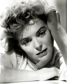 Dorothy McGuire. (Date unknown.) One of the most fantastic, most versatile movie stars ever.