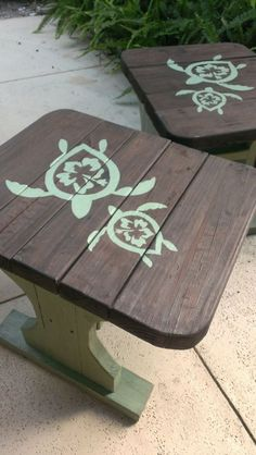 Coastal DIY - makeover end tables with sea foam green paint and sea turtle stencils