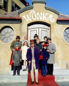 [ WILLY WONKA & THE CHOCOLATE FACTORY POSTER ]
