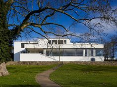 just up the street from me is the beautiful Villa Tugendhat.....if you're ever here in Brno, make sure you take a tour....it is definitely worth seeing.