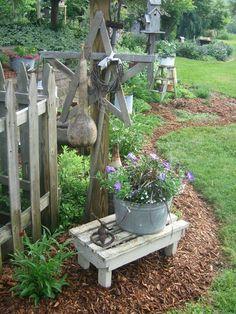 Landscaping Borders, Rustic Landscaping, Landscaping Ideas, Small Yard Landscaping, Backyard Ideas, Garden Vignette Ideas, Garden Crafts, Garden Art, Garden Projects