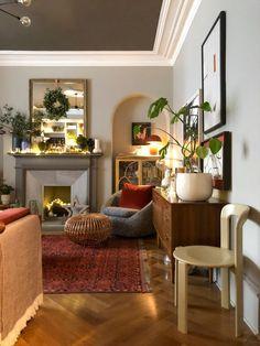 Eclectic Living Room, Elegant Living Room, Living Room Decor, Eclectic Decor, Victorian Living Room, Herringbone Wood Floor, Living Room Wood Floor, Christmas Living Rooms, Christmas Decor