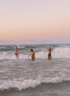Beach Aesthetic, Summer Aesthetic, Flower Aesthetic, Travel Aesthetic, Summer Pictures, Beach Pictures, Summer Feeling, Summer Vibes, Surf Mar
