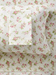Flannel Sheet Sets feature signature Laura Ashley prints that match perfectly back to her bedding collections. Flannel is brushed for added s. Laura Ashley Sheets, Laura Ashley Prints, Laura Ashley Home, Bedding Sets Online, Comforter Sets, Best Cotton Sheets, Pottery Barn Teen Bedding, Restoration Hardware Bedding, Egyptian Cotton Sheets