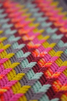 Apache tears blanket. Find this free pattern at allcrochetpatterns.net