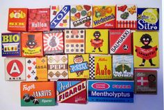 Karkkiaskeja 1960-/70-luvuilta. Retro Candy, Vintage Candy, Vintage Toys, Retro Vintage, My Childhood Memories, Childhood Toys, Vintage Sweets, Old Commercials, Good Old Times