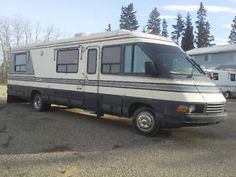 MOVING NEED TO SELL  1st $19,000 takes it !36 ' Triple E  Diesel Prince Albert Saskatchewan image 1