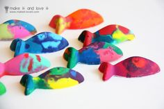 Making Crayons using molds {Craft Camp} | Skip To My Lou