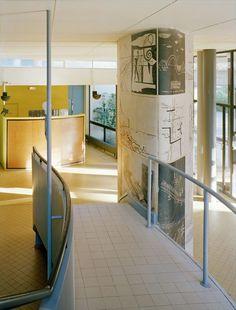 Ле Корбюзье / Le Corbusier. Швейцарский павильон в Интернациональном студенческом городке (Pavillon Suisse, Cité Internationale Universitaire), Париж. 1930-1932