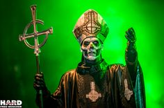 Papa Emeritus II, Ghost - Hellfest 2013 by Fred Moocher