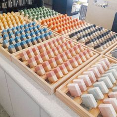 Hand Made Soap Ideas and Inspiration For Karen Gilbert Diy Savon, Diy Bathroom, Soap Display, Soap Shop, Homemade Soap Recipes, Craft Show Displays, Soap Packaging, Goat Milk Soap, Cold Process Soap