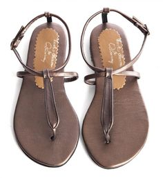 Desray online African, Bling, Sandals, My Style, Women, Fashion, Slide Sandals, Moda, Shoes Sandals
