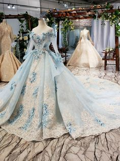 Blue Ball Gown Tulle Lace Appliques Long Sleeve Wedding Dress With Long Train Royal Ball Gowns, Blue Ball Gowns, Princess Ball Gowns, Ball Gowns Evening, Ball Dresses, Ball Gowns Fantasy, Fantasy Dress, Pretty Dresses, Beautiful Dresses