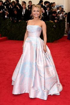 Hayden Panettiere at the 2014 Met Gala: Hayden Panettiere stunned in her full-skirted Dennis Basso ball gown.