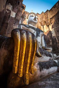 Statue Buddha (pra Ajana) at Sukhothai historical park Sukhothai province Thailand. Laos, Nepal, Religion, Gautama Buddha, Thai Art, Buddha Art, Buddhist Temple, Vietnam, Ancient Ruins