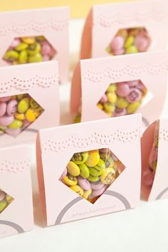 Adorable DIY diamond ring candy pouch favors + FREE printable design!