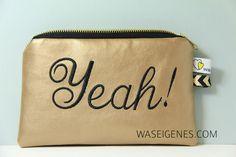 ::: yeah! [kunstleder täschchen gold] von ::: was eigenes auf DaWanda.com #zipperpouch #kunstleder #yeah #waseigenes #handmade