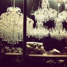 some seriously amaaaazing chandeliers
