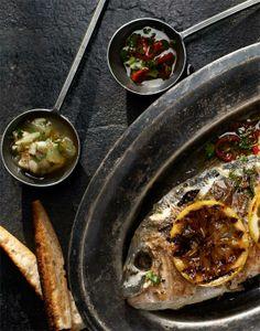 Dorada z grilla podawana z koprem włoskim i sosem dziewiczym #lidl #przepis #pascal #dorada #grill #koper #wloski