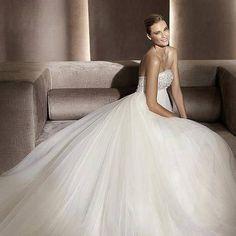 Wedding Dresses Hochzeitskleider - http://www.1pic4u.com/blog/2014/06/06/wedding-dresses-hochzeitskleider-118/
