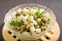 Sałatka z bobem i kalarepką #smacznastrona #przepisytesco  #bób #kalarepka #sałatka #salad #mnam