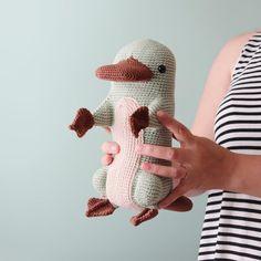 Mesmerizing Crochet an Amigurumi Rabbit Ideas. Lovely Crochet an Amigurumi Rabbit Ideas. Crochet Toys Patterns, Amigurumi Patterns, Stuffed Toys Patterns, Amigurumi Doll, Knitting Patterns, Love Crochet, Crochet Gifts, Single Crochet, Crochet Hooks