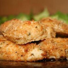 Weight Watchers Parmesan Chicken Cutlets: This chicken tastes so great that it is great to have for dinner even when you're not on a diet!