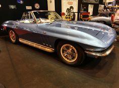 Chevrolet Corvette C2 Stingray Convertible : Rétromobile 2014 : les plus belles voitures de collection - Linternaute.com Automobile