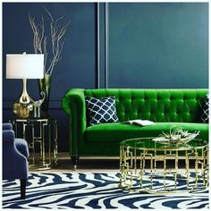 How do you feel about a green velvet sofa? From - Architecture and Home Decor - Bedroom - Bathroom - Kitchen And Living Room Interior Design Decorating Ideas - Living Room Green, Green Rooms, Living Room Sofa, Interior Design Living Room, Living Room Designs, Living Room Decor, Living Rooms, Color Interior, Kitchen Interior