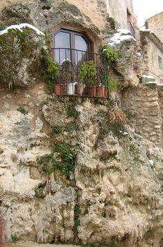 Letur-Albacete-Spain-rock.jpg 1000 × 1514 bildepunkter