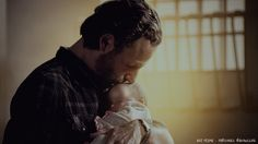 FRAME FROM THE WALKING DEAD - SEASON THREE - EPISODE SIX - HOUNDED - RICK & JUDITH