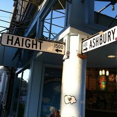 Haight-Ashbury -This is a very interesting place. I was sorry we didn't get a chance to do some shopping.