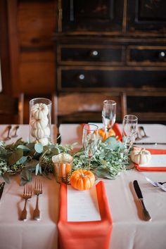 orange wedding ideas - photo by Charity Maurer Photography http://ruffledblog.com/cozy-arizona-wedding-perfect-for-cold-weather
