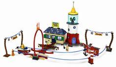 LEGO SpongeBob SquarePants Mrs. Puff's Boating School LEGO,http://www.amazon.com/dp/B000NOC35I/ref=cm_sw_r_pi_dp_evtatb0DRWFCMKJW