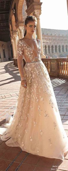 berta fall 2018 long sleeves wedding dresses BG6I2372 #wedding #weddingdress #weddingideas #deerpearlflowers #dpf ❤️ http://www.deerpearlflowers.com/long-sleeves-wedding-dresses/