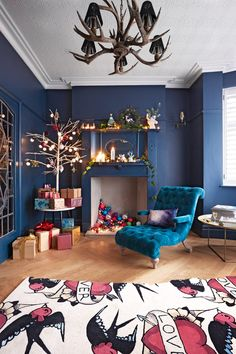 Extraordinary homes need something more than just traditional holiday decor. This gorgeous London townhouse for Christmas was decorated in very colorful ✌Pufikhomes - source of home inspiration Home Decor Inspiration, Design Inspiration, Timber Kitchen, Interior Styling, Interior Design, Lounge Decor, Festival Decorations, Beautiful Interiors, Blue Interiors