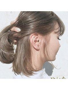 1番人気、秋のモンブランベージュ×切りっぱなしボブ - 24時間いつでもWEB予約OK!ヘアスタイル10万点以上掲載!お気に入りの髪型、人気のヘアスタイルを探すならKirei Style[キレイスタイル]で。