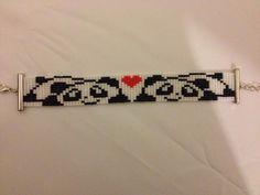Peyote Stitch Patterns, Seed Bead Patterns, Weaving Patterns, Bead Loom Bracelets, Beaded Bracelet Patterns, Loom Bands, Beaded Animals, Bead Jewellery, Bead Crochet