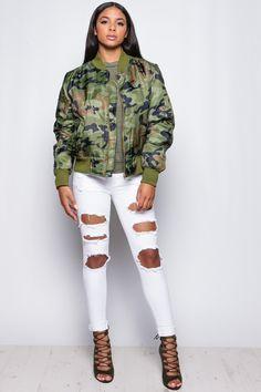 e2466eb777f802 Mel Khaki Camouflage Bomber Jacket at misspap.co.uk Bequeme Outfits