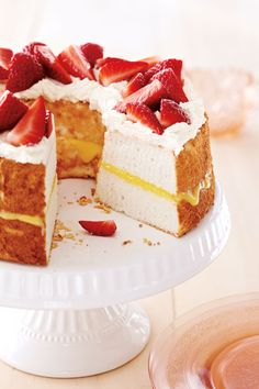 Angel Food Cake With Lemon Curd and Mascarpone Cream recipe
